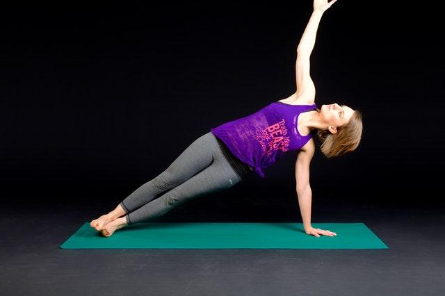 Como Ficar Trincado Com Exercícios Utilizando O Peso Do Corpo