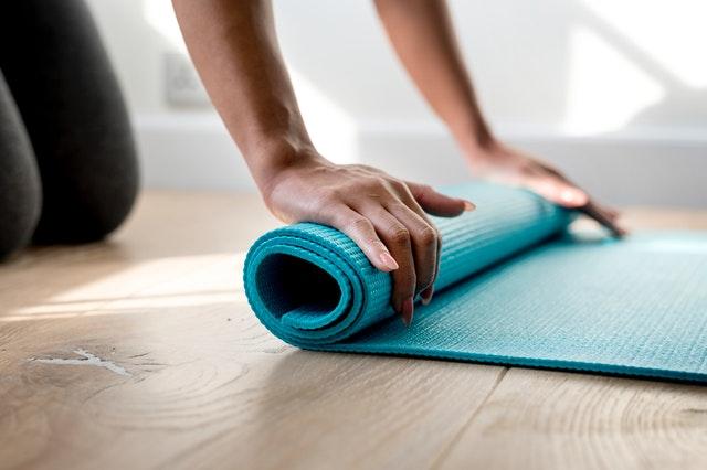 Fazendo Exercícios Em Casa